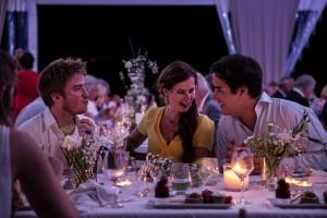 Photographe de mariage à Annecy. Les témoins du mariés. Photo réalisée par Castille ALMA photographe de mariage au Lac Léman en Haute Savoie.