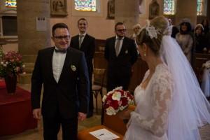 Photo réalisée par Castille ALMA photographe de mariage à Chalon sur Saône au clos des Tourelles.