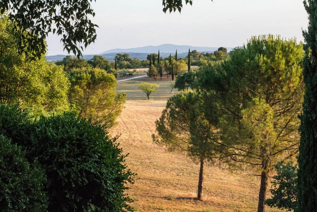 Photo de paysage vu du comptoir saint hilaire. Photo réalisée par Castille ALMA photographe de mariage au Comptoir Saint Hilaire dans le Gard.
