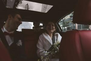 Les mariés heureux d'être enfin unis. Castille ALMA photographe de mariage à Lyon et Chambéry.