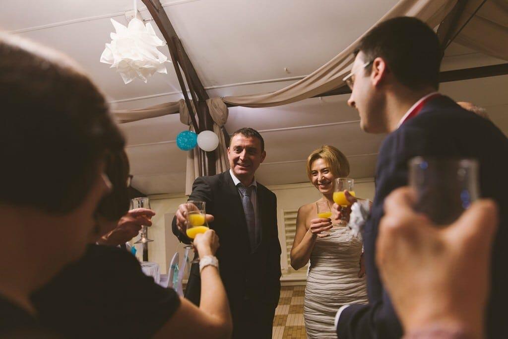 Castille ALMA photographe de mariage à Lyon et Chambéry. Le cocktail.