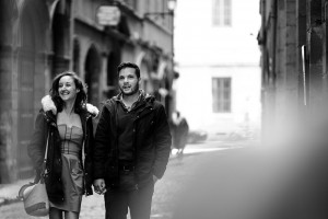 Photographe couple love session session engagement Lyon vieux lyon