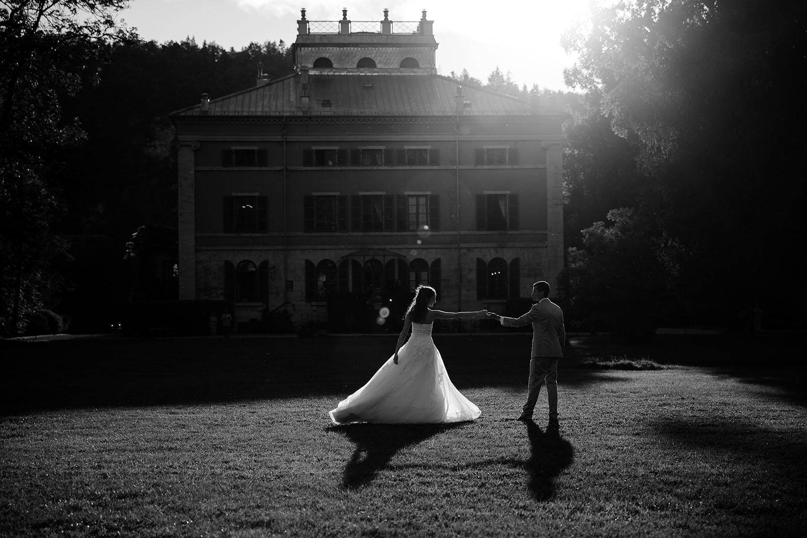 photographe de mariage dans le jura photo première danse des mariés