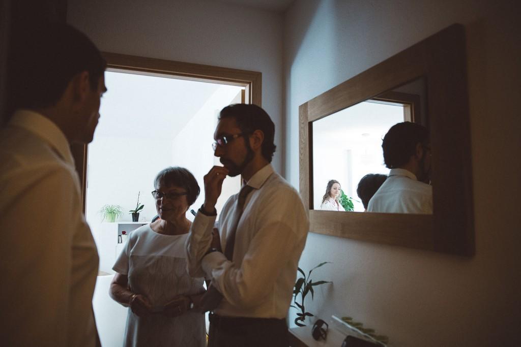 photographe de mariage dans le jura photo préparatifs des mariés