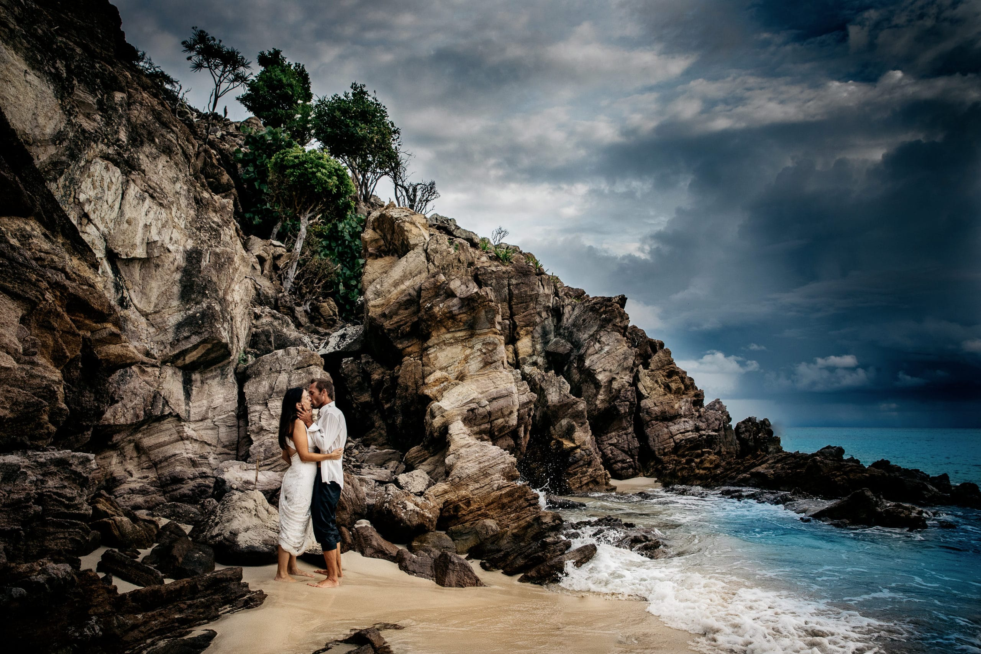 Photographe de mariage Antilles phootgraphe de mariage St barthélémy Séance photo mariage day after photo en tenue de marié après le mariage