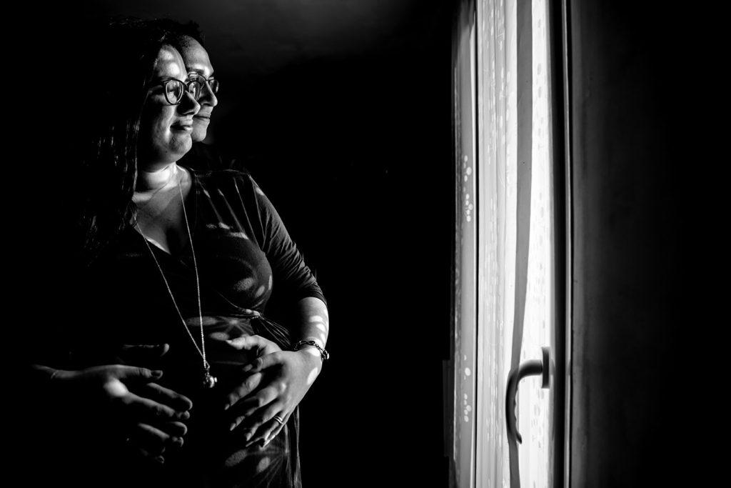 meilleur avis photographe de grossesse à domicile Bordeaux Pregnancy documentary photo Session séance photo grossesse nouveau né Photographe séance grossesse à domicile Photographe grossesse Lyon Photographe nouveau né Lyon séance photo grossesse Lyon Séance photo nouveau né Lyon
