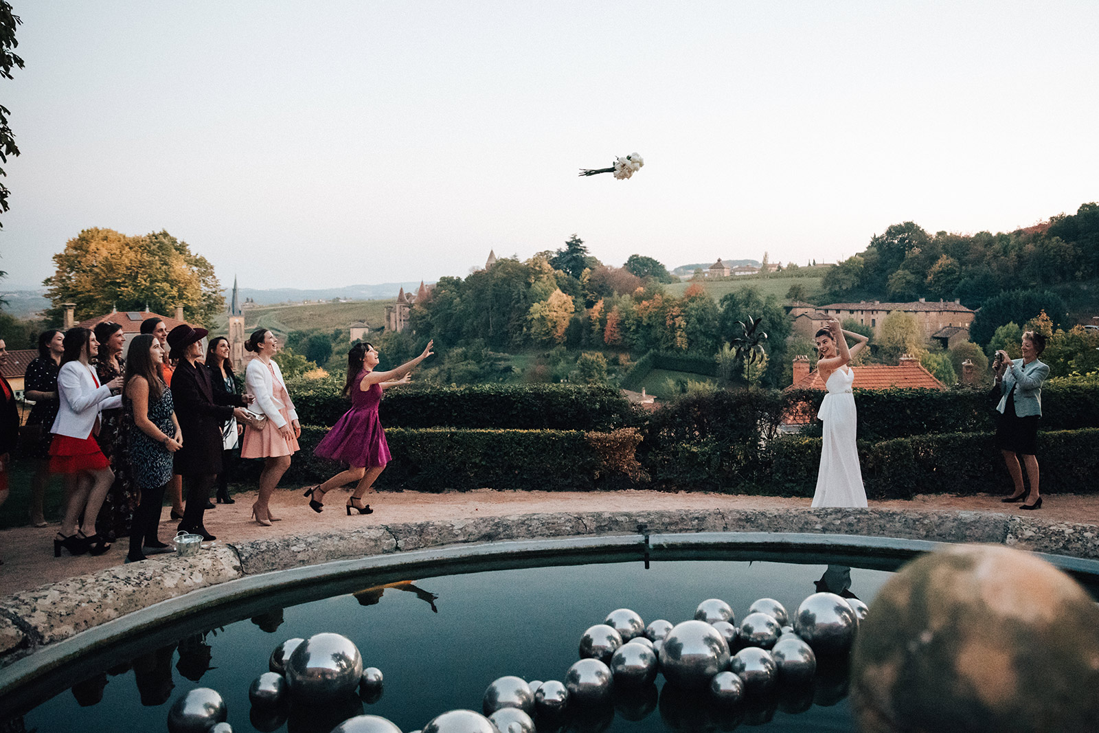 How to choose your wedding photographer 2018 2019 Best Wedding Photographer comment choisir son photographe de mariage 2018 2019 meilleur photographe de mariage meilleur photographe de mariage Lyon Photographe mariage Lyon Photographe reportage mariage Lyon
