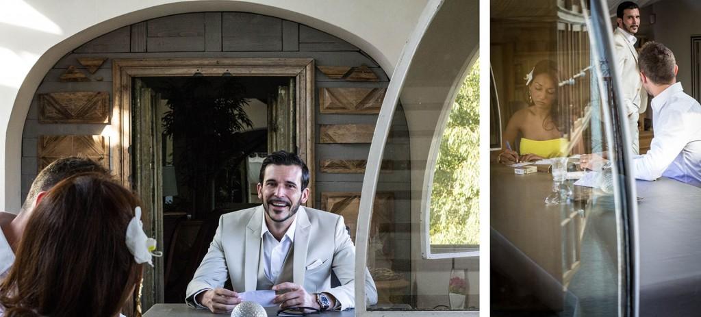 Le marié prépare son discours. Photo réalisée par Castille ALMA photographe de mariage au Comptoir Saint Hilaire dans le Gard.