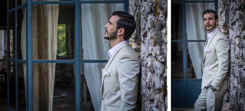 Portrait du marié au Comptoir saint hilaire. Photo réalisée par Castille ALMA photographe de mariage au Comptoir Saint Hilaire dans le Gard.