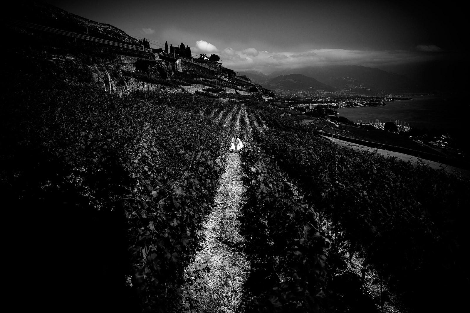 Photographe de mariage domaine du Burignon Lausanne Suisse Castille ALMA photographe Mariage au domaine du Burignon St Saphorin Suisse