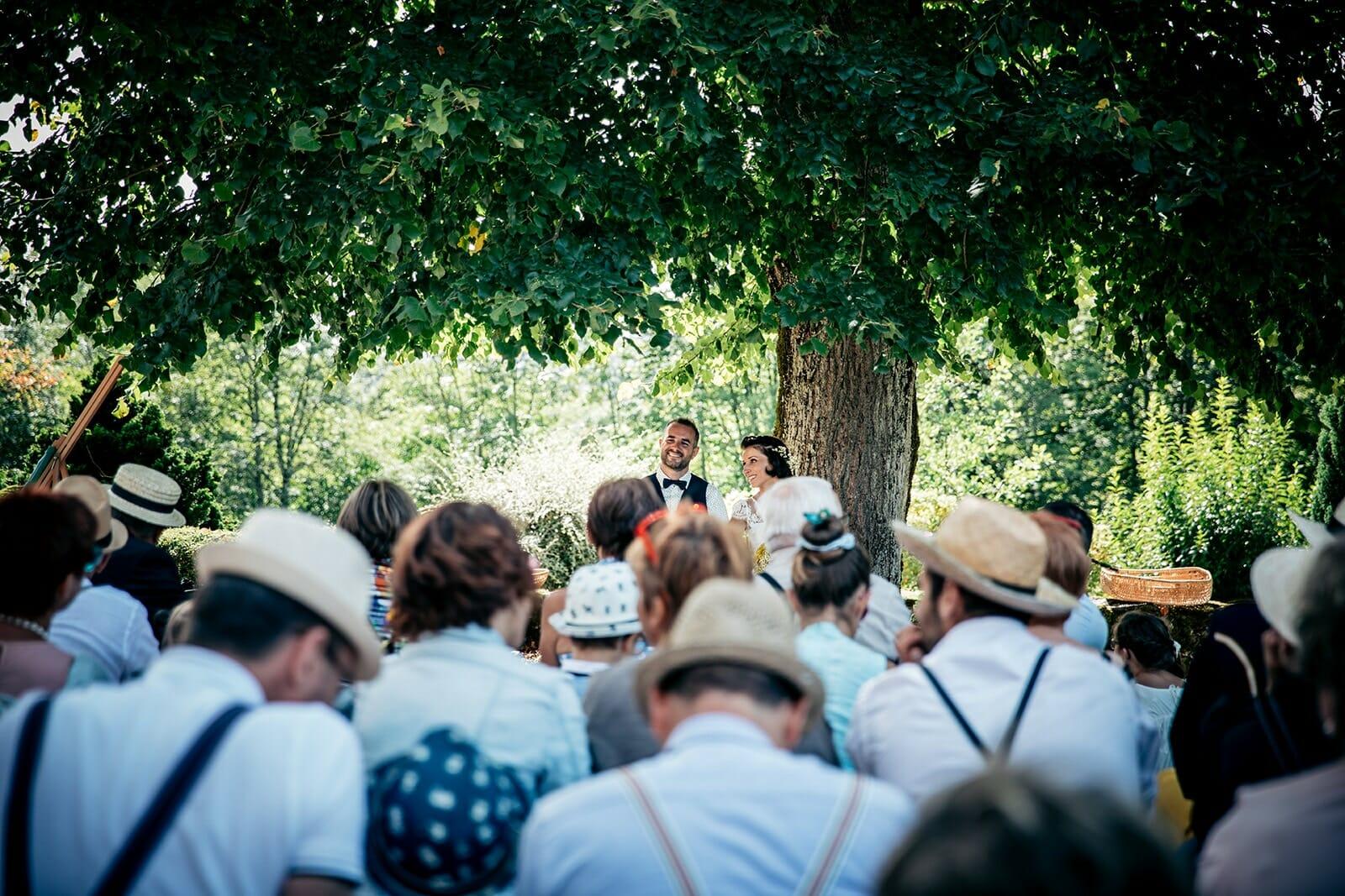 Photographe de mariage bohème à Aurillac