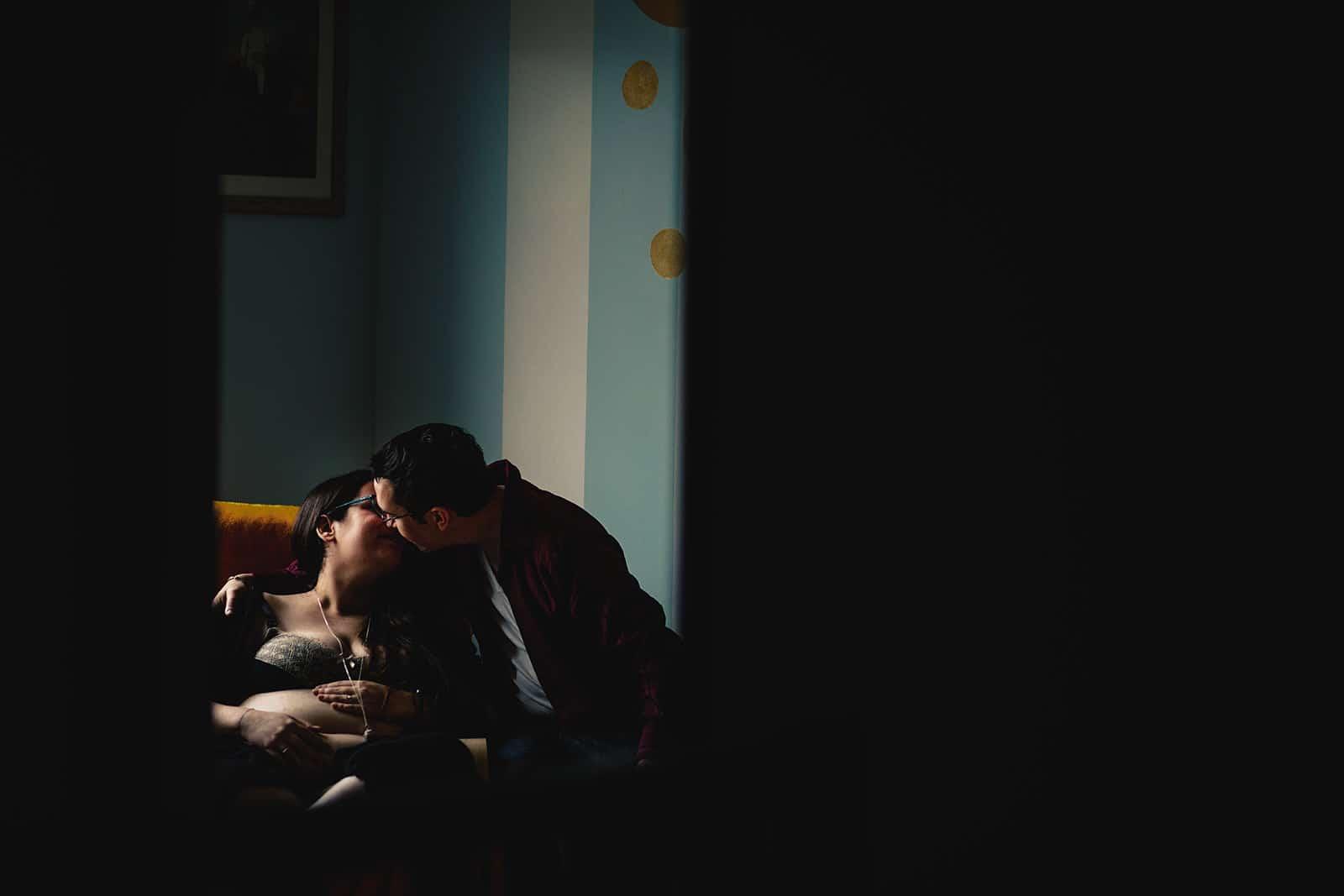 meilleur avis photographe de grossesse à domicile Bordeaux Pregnancy documentary photo Session séance photo grossesse nouveau né