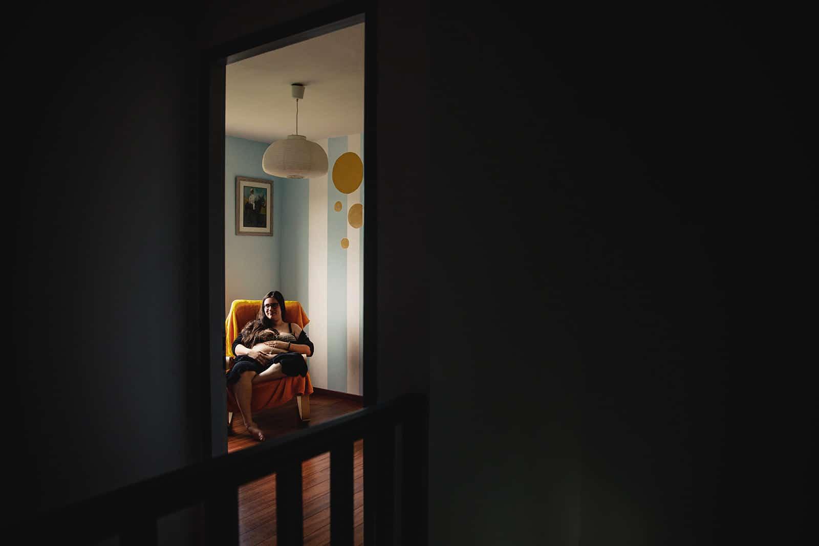 meilleur avis photographe de grossesse à domicile Bordeaux Pregnancy documentary photo Session séance photo grossesse nouveau né séance photo grossesse naissance Photographe grossesse Lyon Photographe nouveau né Lyon séance photo grossesse Lyon Séance photo nouveau né Lyon