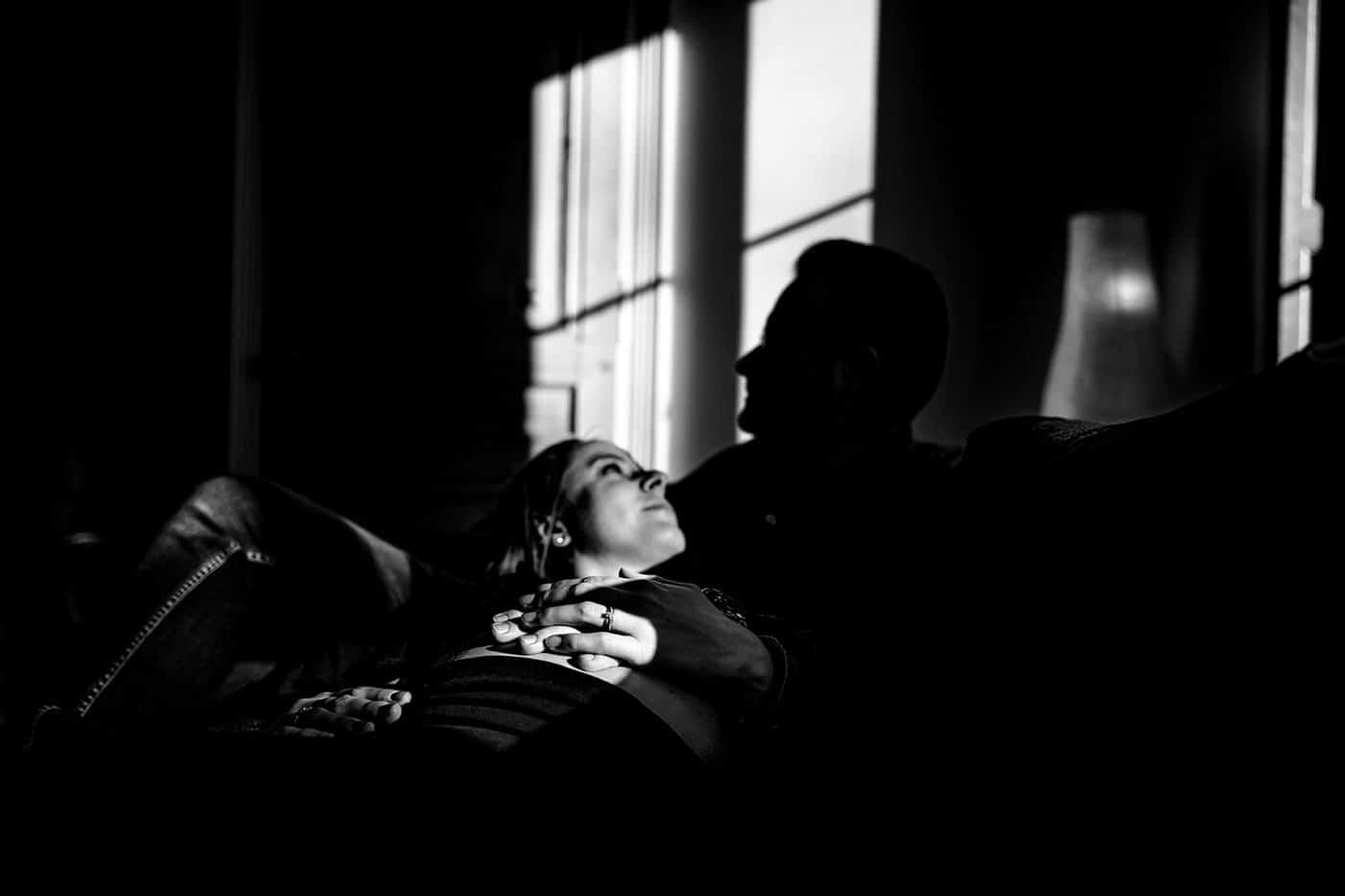 Photographe séance grossesse home studio Lyon