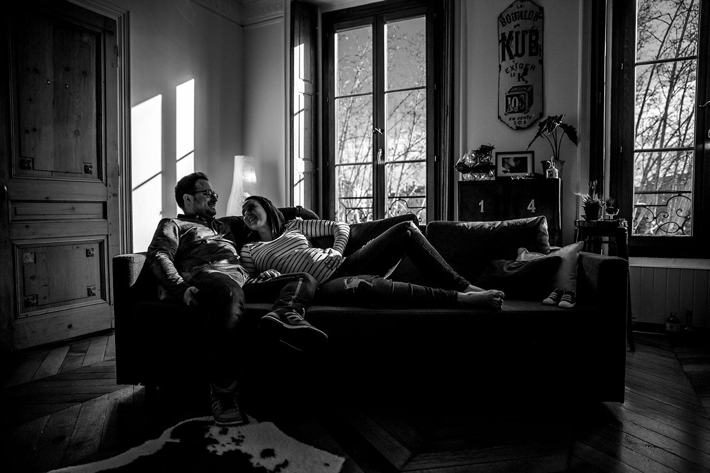 Séance photo grossesse Studio Lyon Photographe séance grossesse home studio Lyon. Photographe grossesse Lyon. Photographe nouveau né Lyon