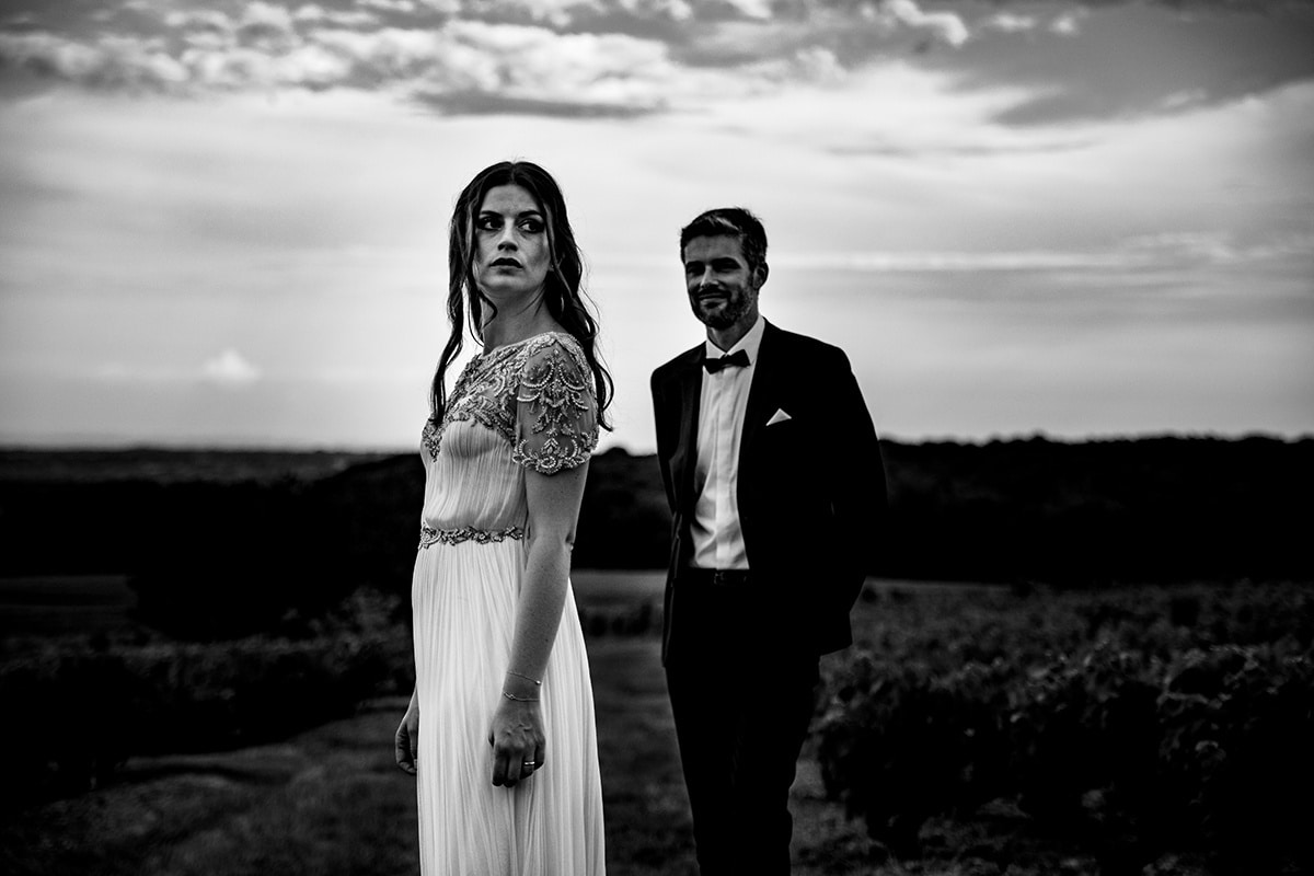 Photographe de mariage laique au Domaine Morgon la Javernière Castille ALMA photographe de mariage Lyon Paris Genève Gustavia