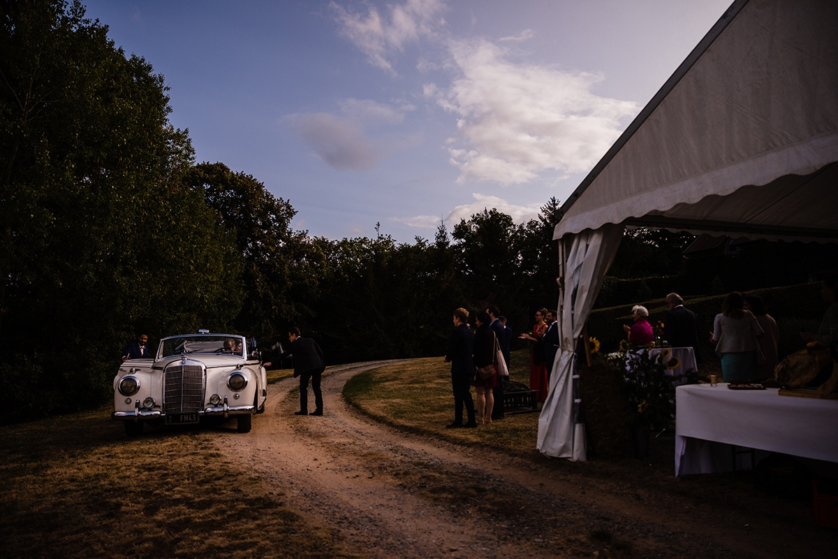 Photographe Mariage dans une maison familiale en Isère Castille ALMA photographe de mariage montagne, photographe de mariage Isère, photographe de mariage authentique