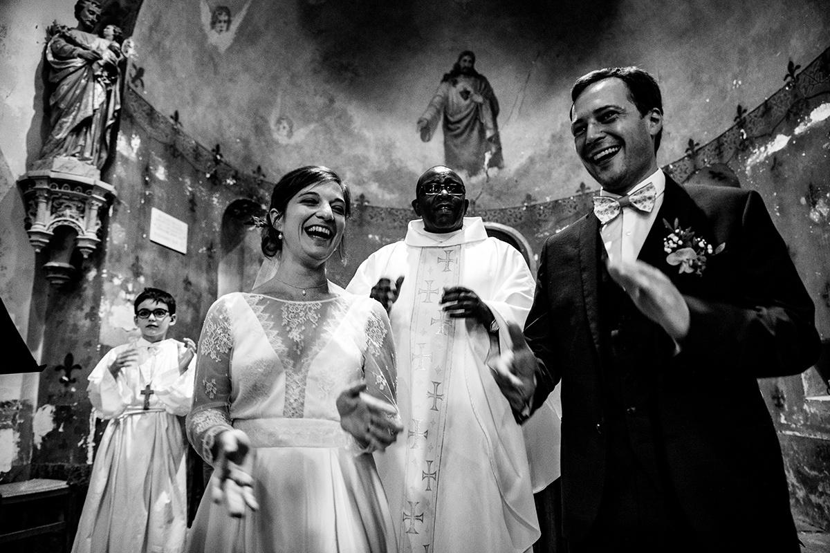 Photographe Mariage dans une maison familiale en bourgogne Castille ALMA photographe de mariage montagne, photographe de mariage bourgogne, photographe de mariage authentique