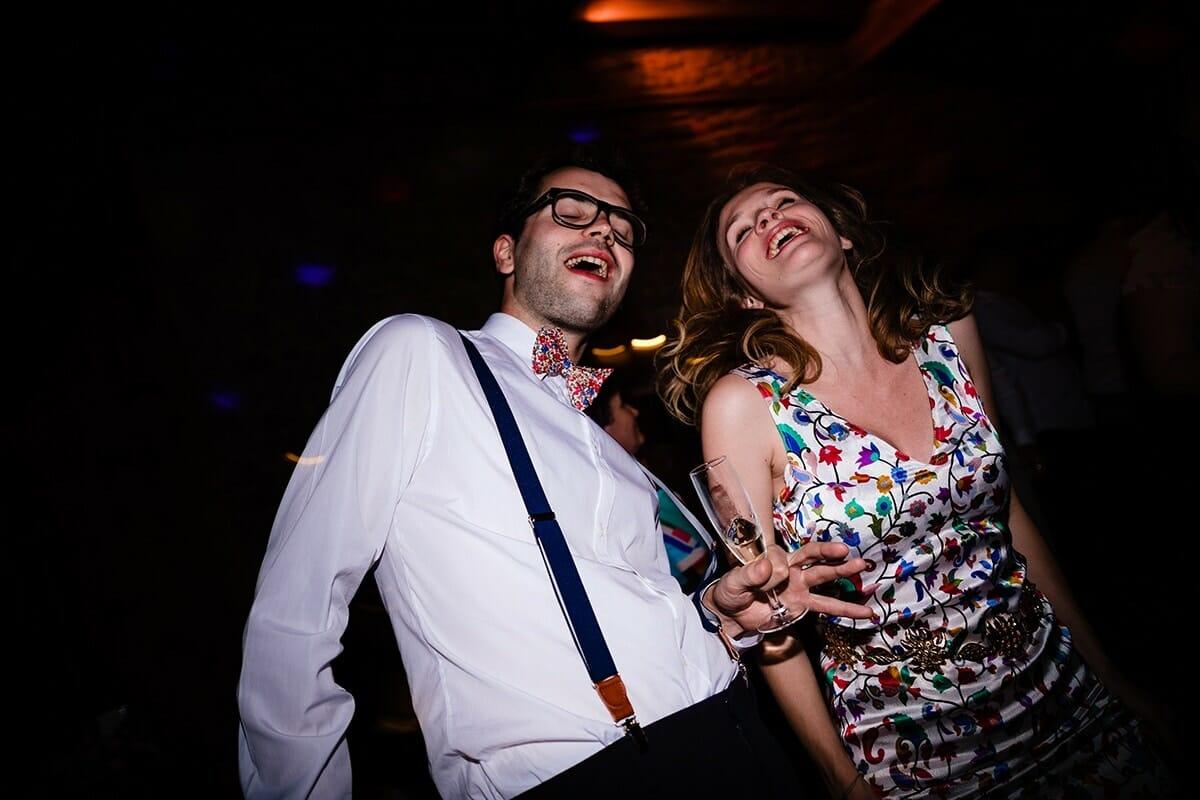 Photographe de mariage au domaine de Duby Riotord. Castille ALMA meilleur photographe de mariage et de rportage de mariage au Domaine de Duby Riotord.