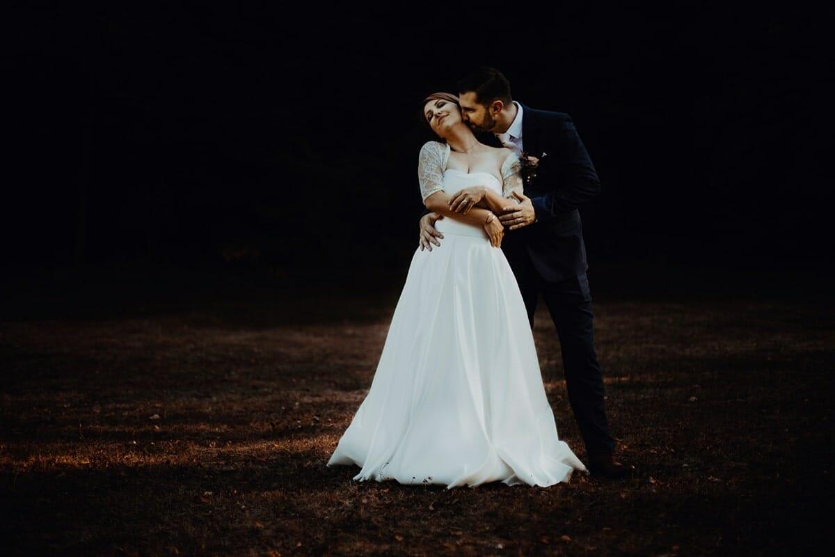 Mariage à la marie de Lyon 2. Castille ALMA photographe de mariage Lyon reportage de mariage en automne. Meilleur photographe de mariage Lyon
