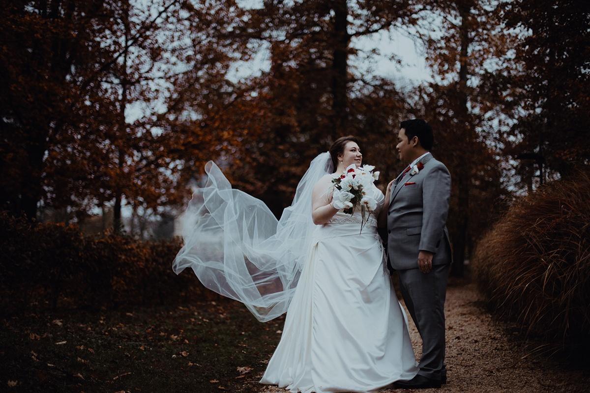 Photographe de mariage au domaine de Grand Maison. Castille ALMA photographe de mariage Lyon Genève Gustavia.
