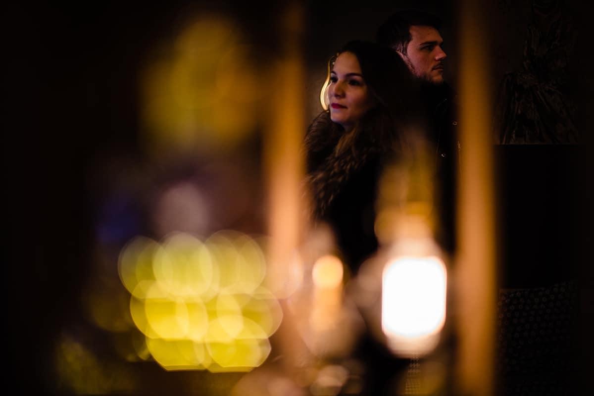 Love session à Lyon en hiver, Castille ALMA photographe Lyon, séance photo engagement, ne pas avoir peur des photos de couple le jour de son mariage.