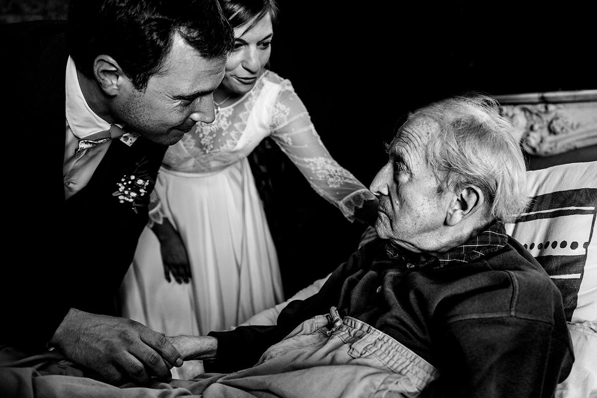 Wedding photographer gallery Passez voir ceux qui ne peuvent pas venir au mariage. Castille ALMA photographe de mariage Lyon