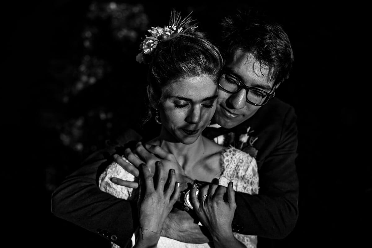 Photographe de mariage au Manoir de la Garde en hiver. Photo de couple. Castille ALMA photographe de mariage.